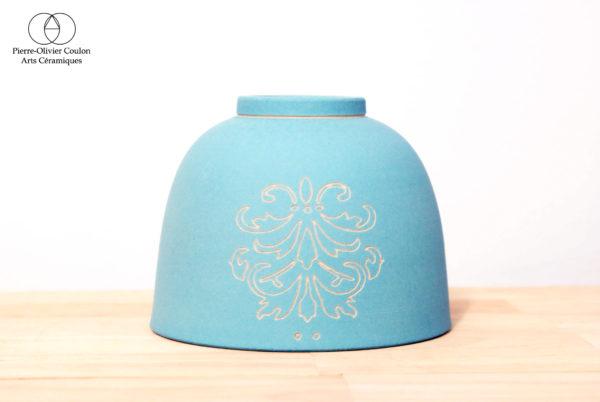 Bol en grès engobé décor ligne gravé poterie artisanale