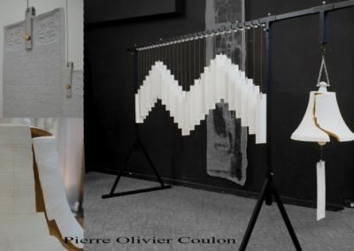"""Sculpture installation """"Fréquence à cloche fêlée"""" arts céramiques"""