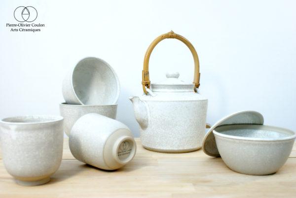 Service à thé en grès émaillé blanc à effets fait main