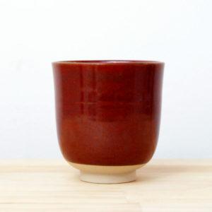 Tasse en grès émaillé rouge de fer céramique contemporaine