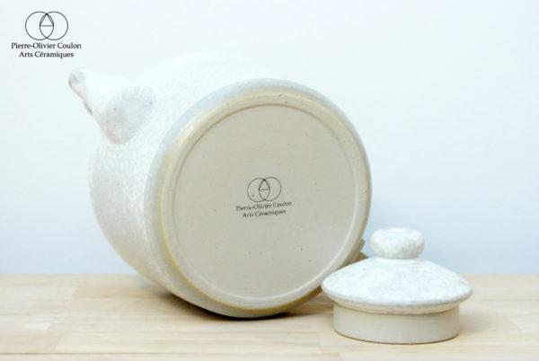 Théière en grès émaillé blanc à effets céramique contemporaine