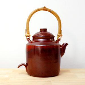 Théière en grès émaillé rouge de fer céramique contemporaine