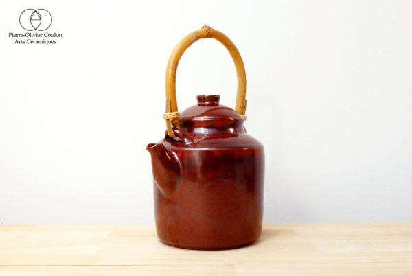 Théière en grès émaillé rouge de fer artisanat d'art
